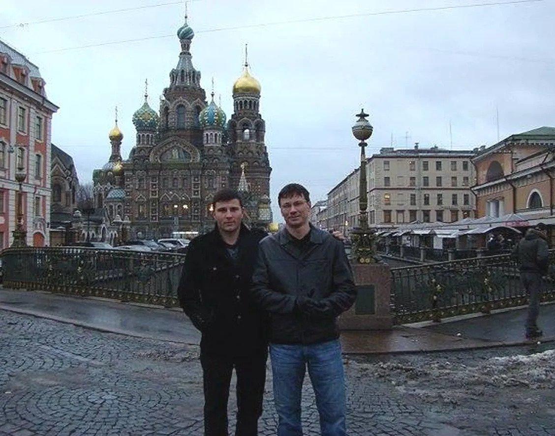 Сергій і Володимир Живаги в Москві. Ексдепутат – праворуч Фото з Facebook Володимира Живаги