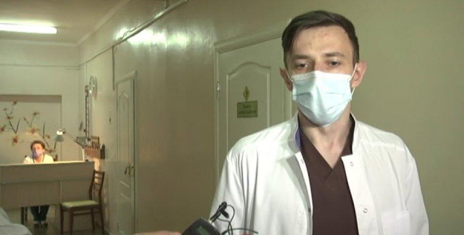 На Рівненщині копи поранили чоловіка та його собаку (відео)